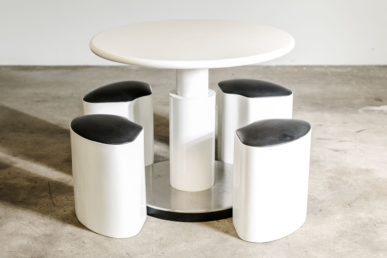 1970S Italian popup table with stools