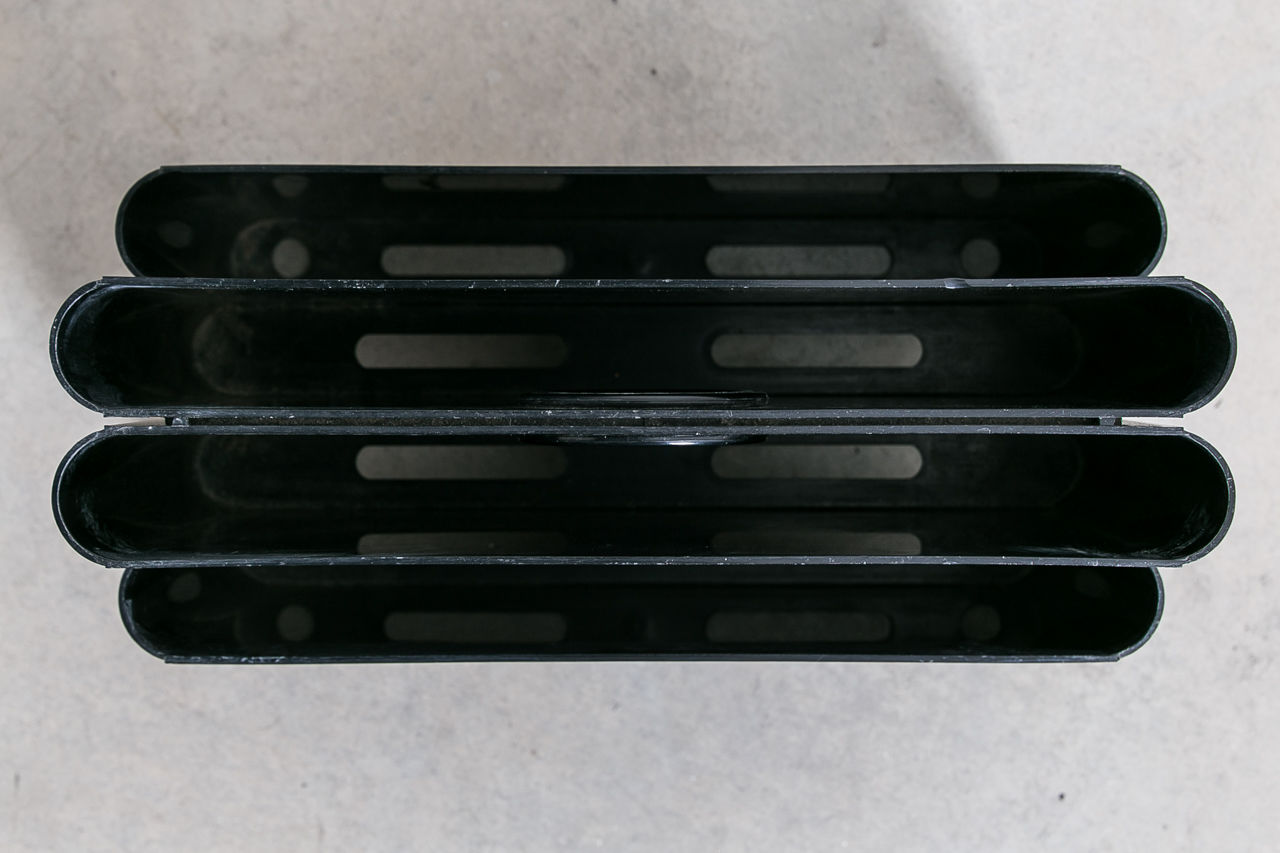 4676 Magazine holder  by Giotto Stoppino for Kartell 1972