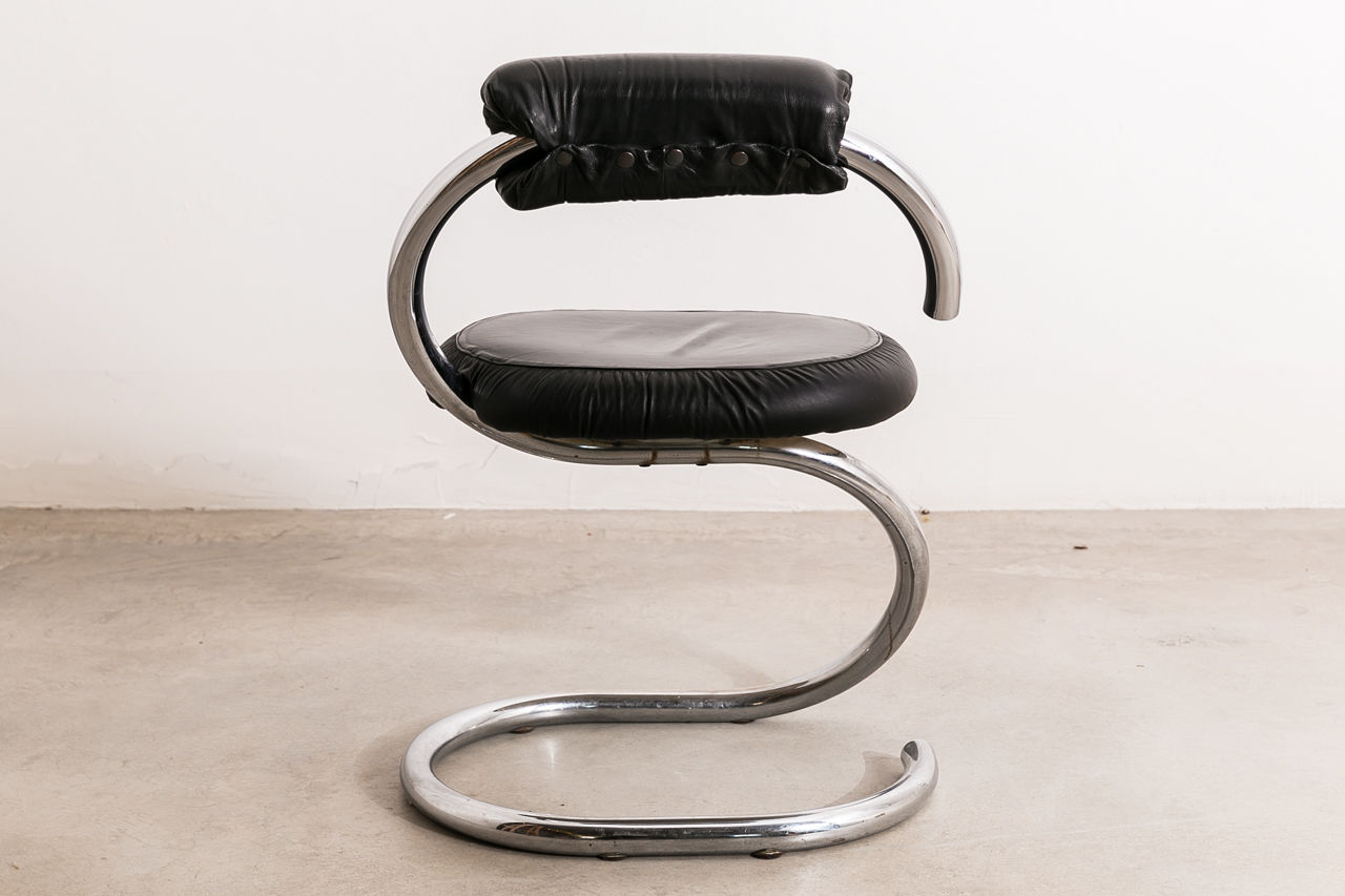 Cobra Chair by Giotto Stoppino Circa 1970 Italy
