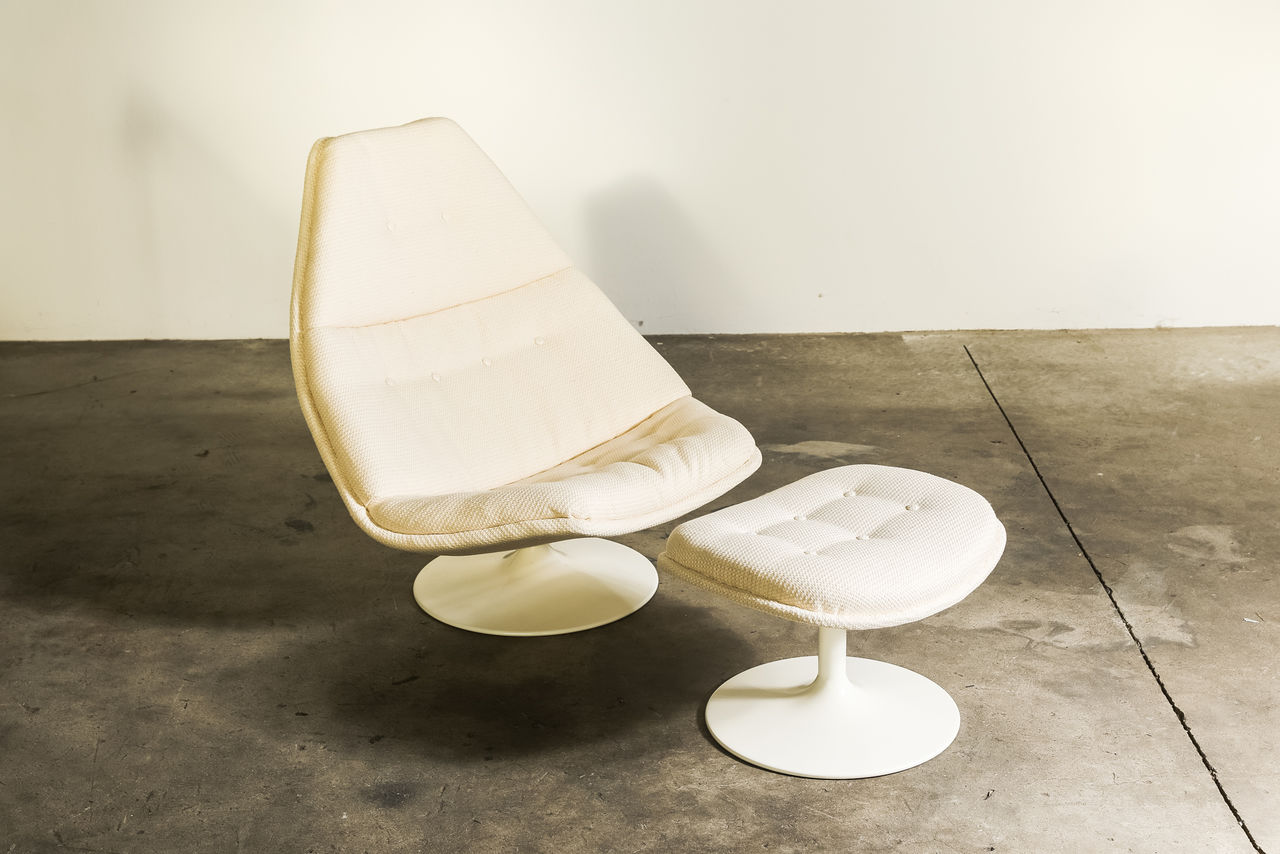 F585 Swivel Lounge Chair by Geoffrey Harcourt 1967