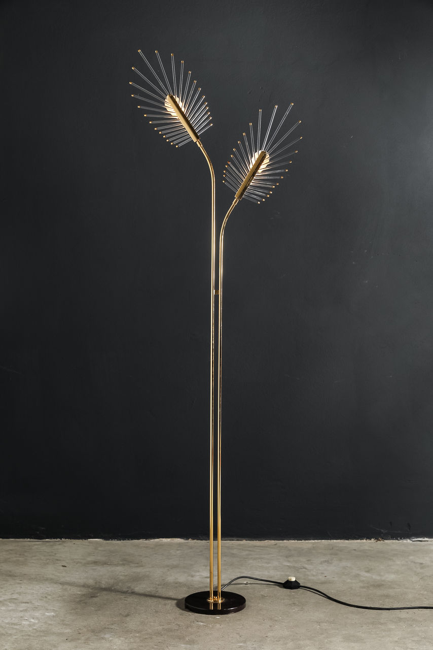 Floor lamp by Gaetano Sciolari