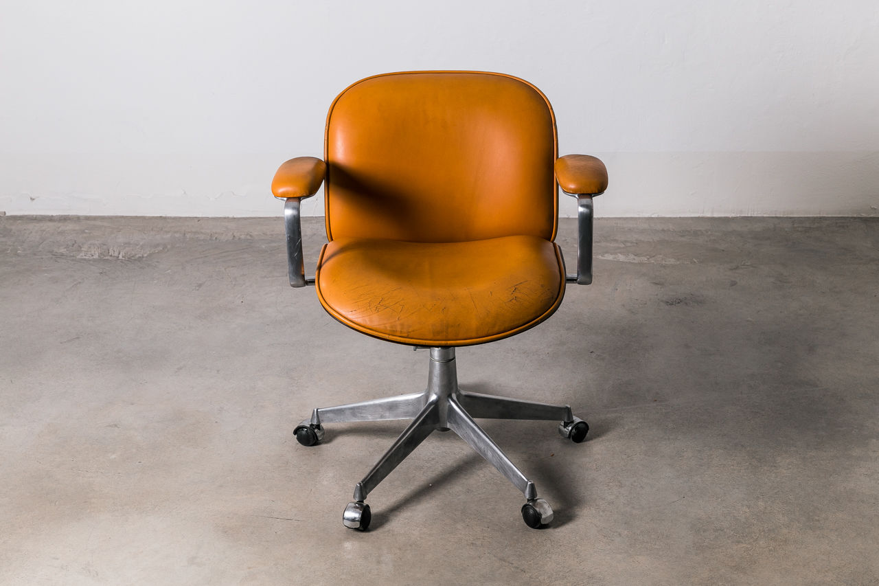 Ico Parisi Easy Armchair with leather for MIM