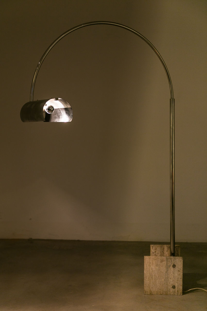 Italian Floor Lamp by Giuliano Cesari and Enrico Panzeri for Nucleo
