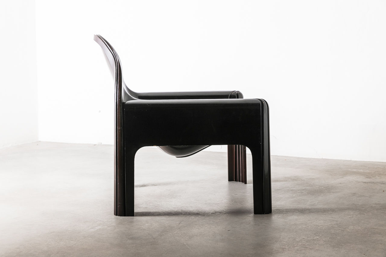 Kartell Chair 4794 lounge chair designed by Gae Aulenti