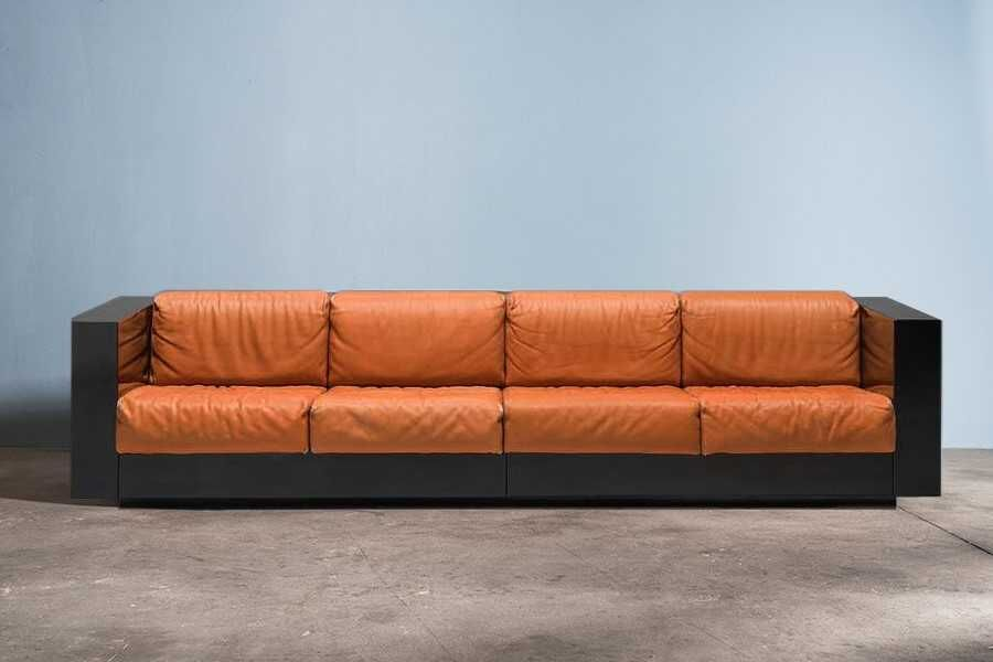 Massimo and Lella Vignelli Saratoga sofa