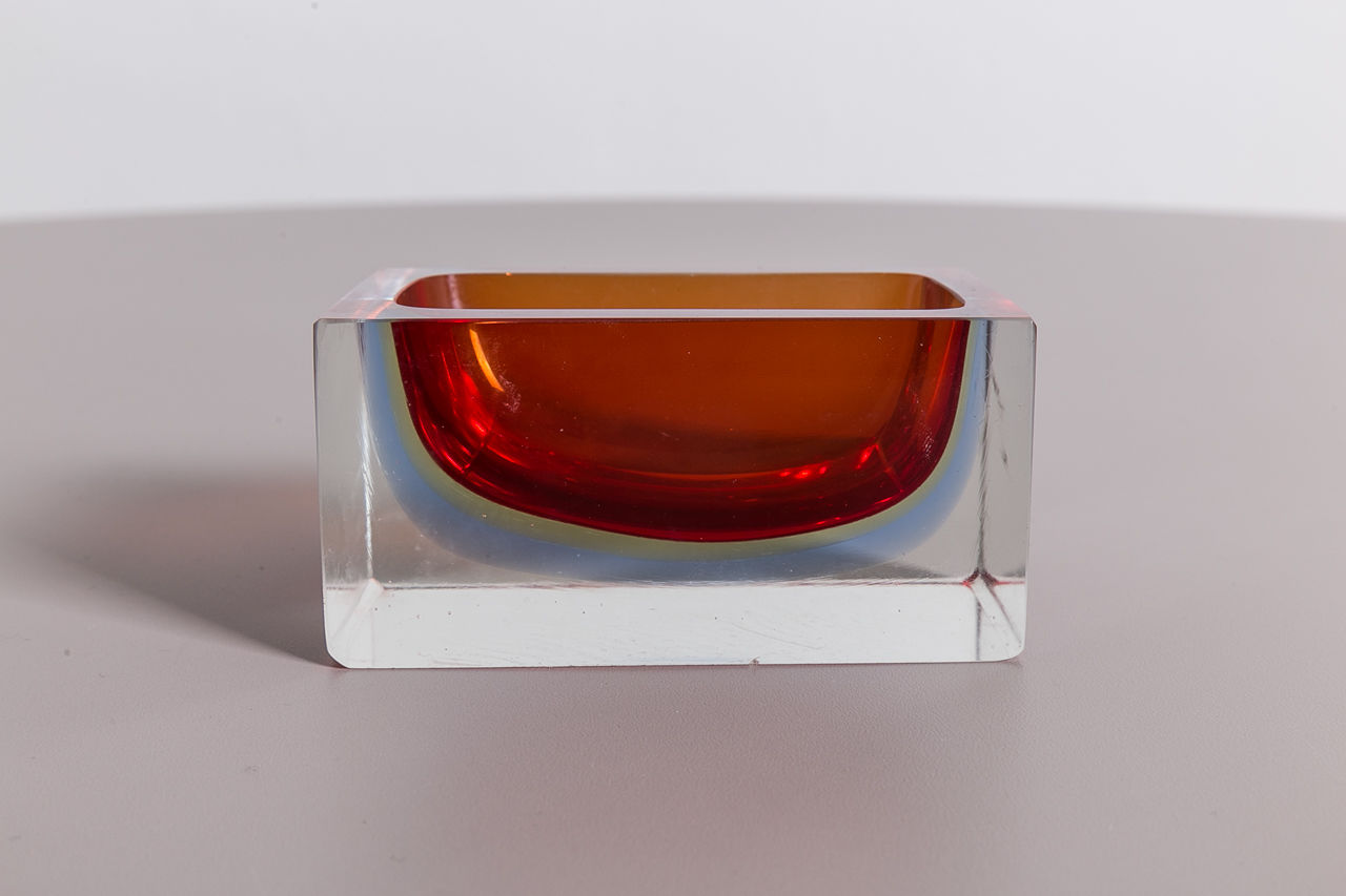 Murano glass ashtray Sommerso Circa 1960 Italy