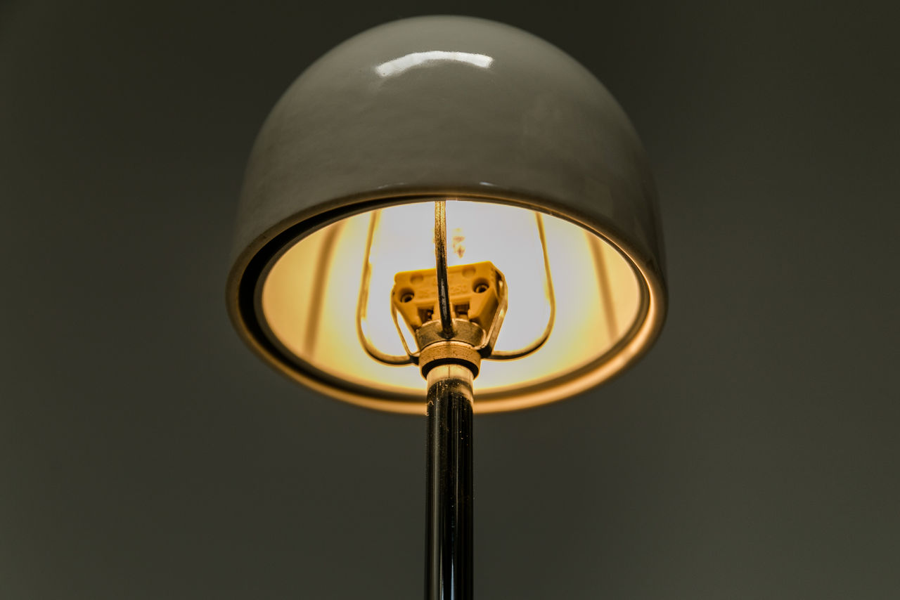 Nemea Table light by Vico Magistretti for Artemide