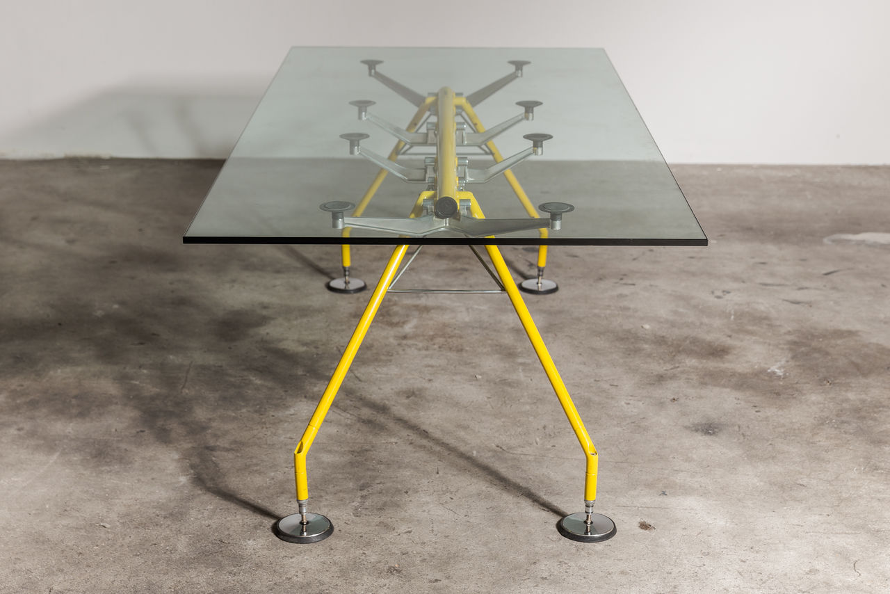 Norman Foster Nomos Table 1980
