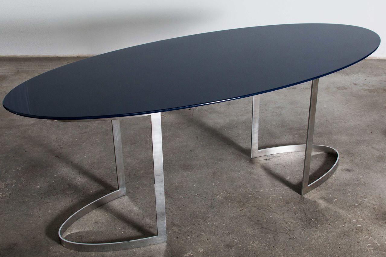 P20 Table By Vittorio Introini