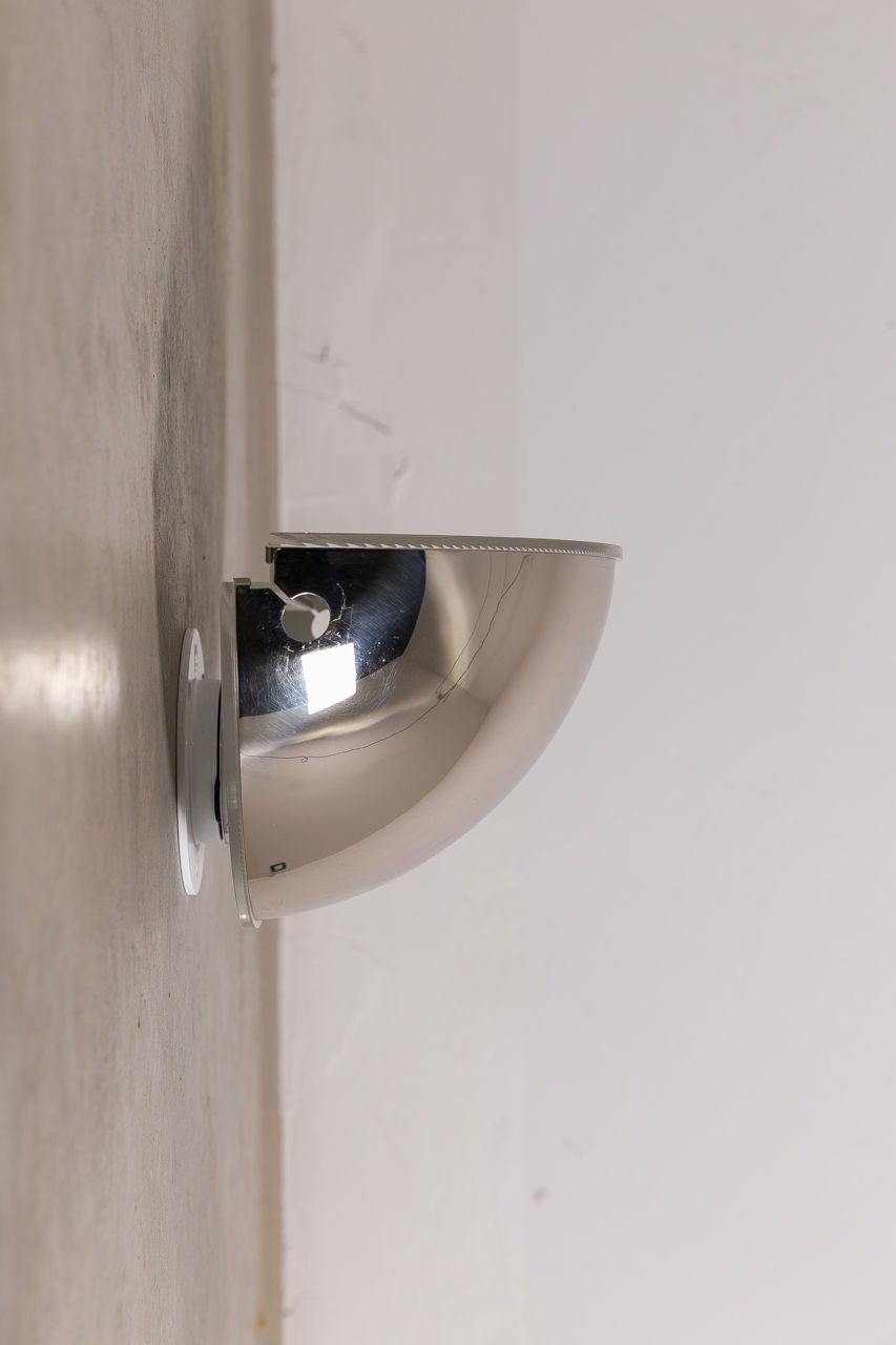 Pair of Quarto wall sconce by Tobia Scarpa