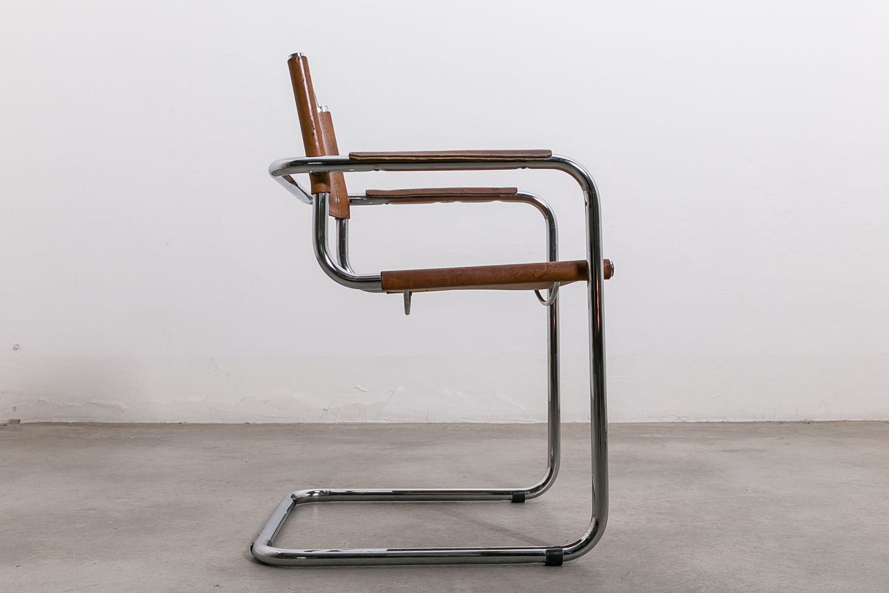 S 33 Leather and chrome cantilever chair Circa 1970 Italy
