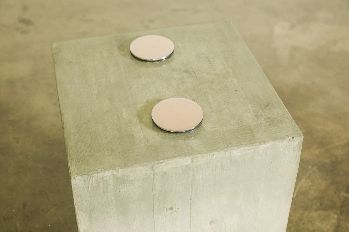 Sergio and Giorgio Saporiti concrete dining table Italy 1970