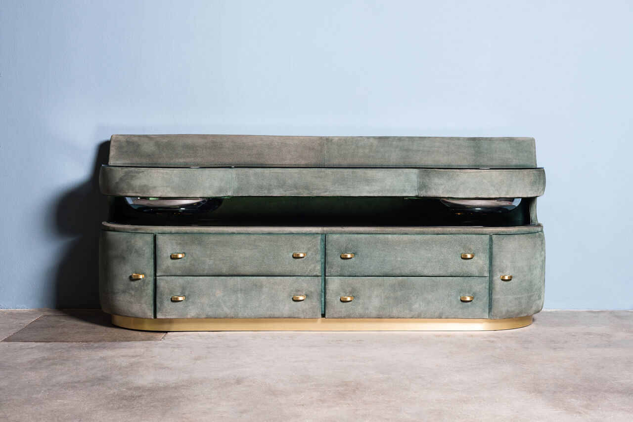 Suede chest of Drawers 1980 Italy