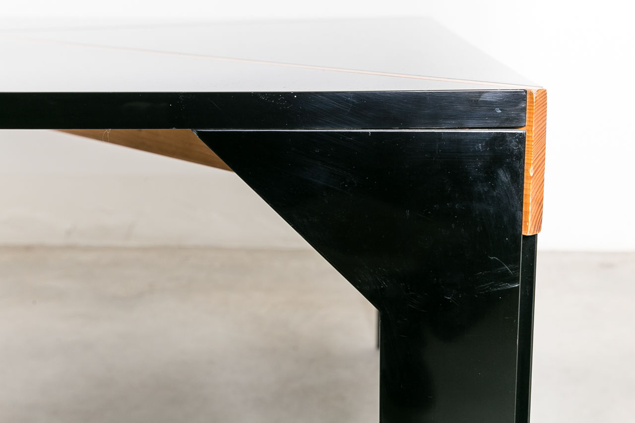 Tema  table by Vico Magistretti for BandB 1973 Italy