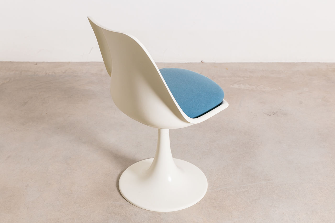 Tulip Chair by Eero Saarinen 1970 Italy